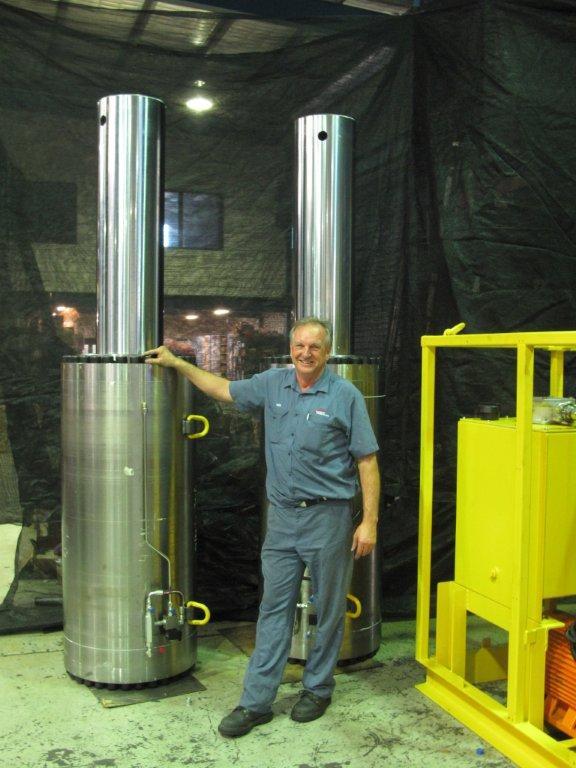 large hydraulic cylinder